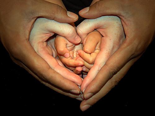care-family-hands-heart-love-Favim.com-201857